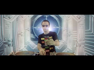 Armenian DJ SERJO feat. Iveta Mukuchyan - I'm Fallin